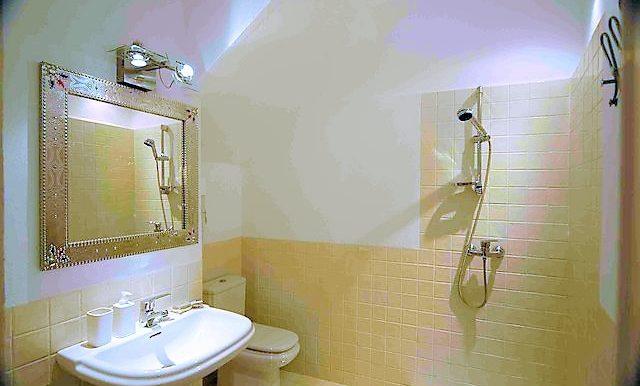 silos11 bathroom